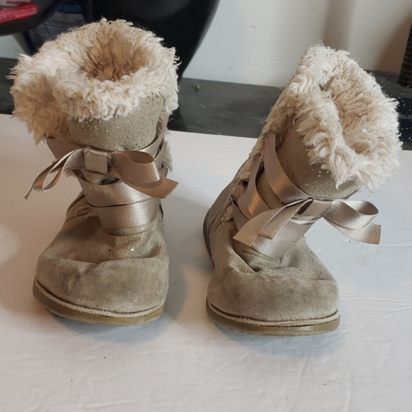 toys r us Shoes | 512 Baby Boots Beige